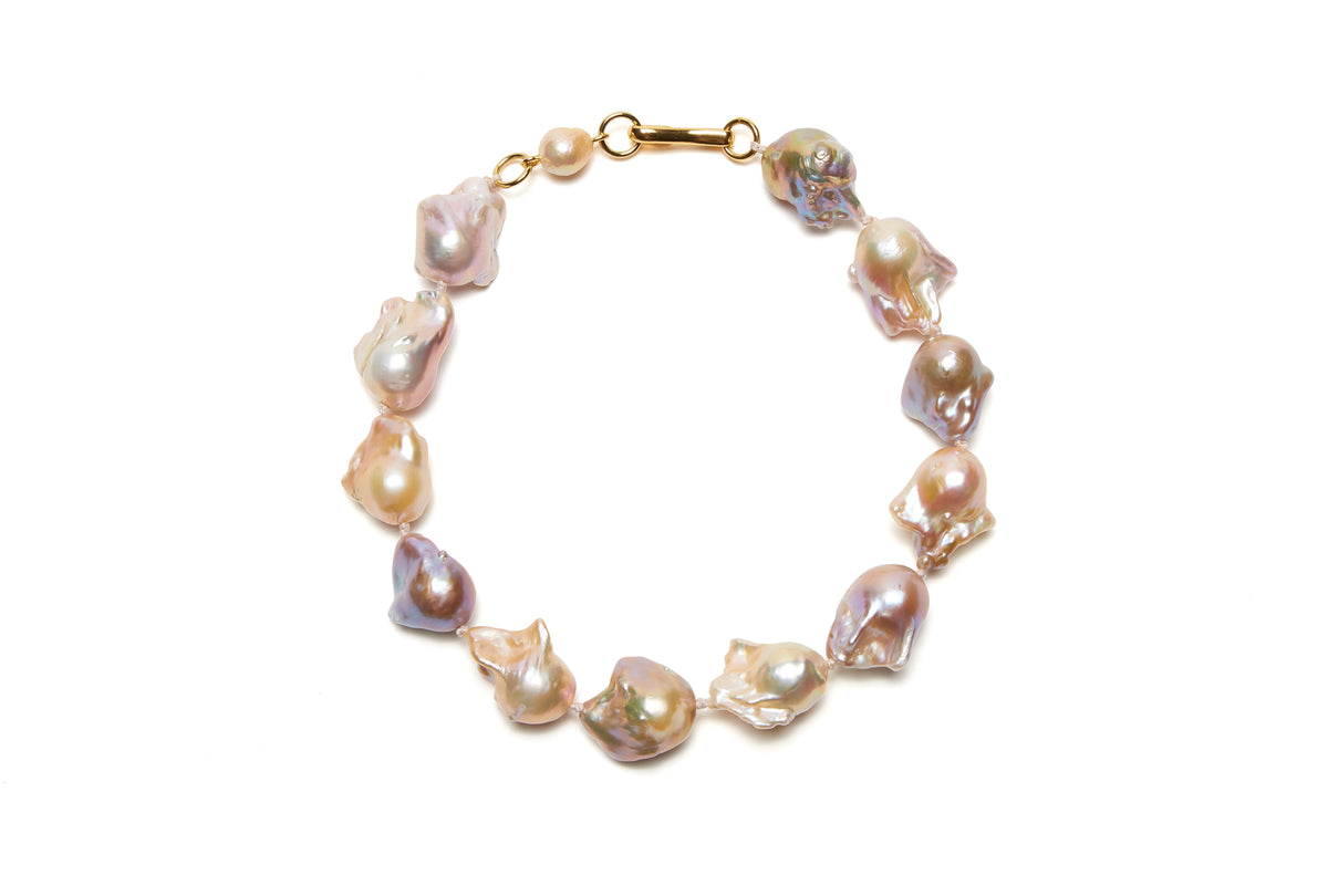 Estate Pearl Necklace in Pink