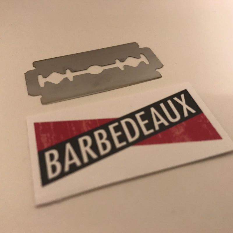products/Barbedeaux_Double_Edge_Razor_Blade_Open.jpg