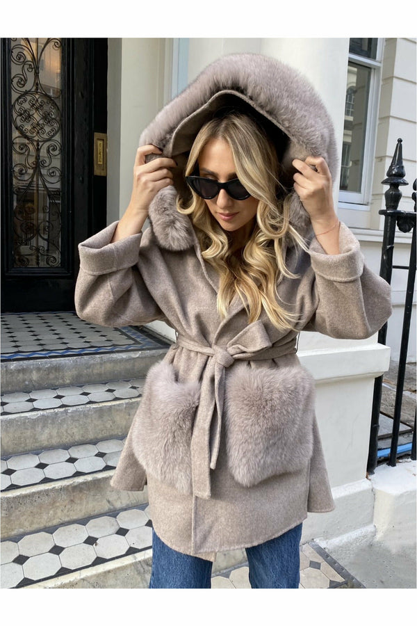 Louise Cashmere Coat Fur Pockets Beige