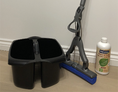 Oiled and UV Floor Cleaning Kit