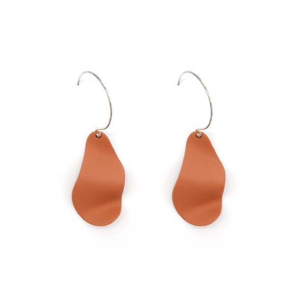 Penny Foggo Earrings Wavy Drops Caramel