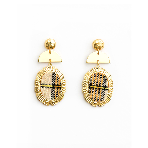 Stella + Gemma Earrings Plaid Oval Cream Gold