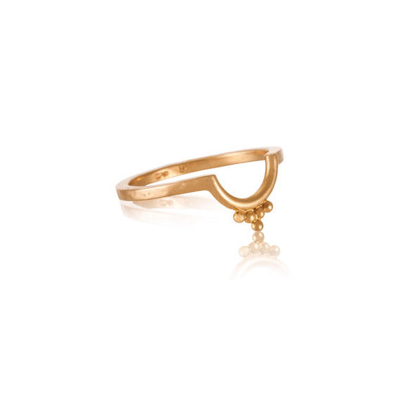 Kerry Rocks Lunette Band Ring Gold