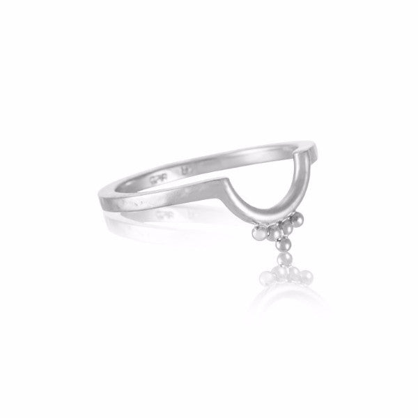 Kerry Rocks Lunette Band Ring Silver