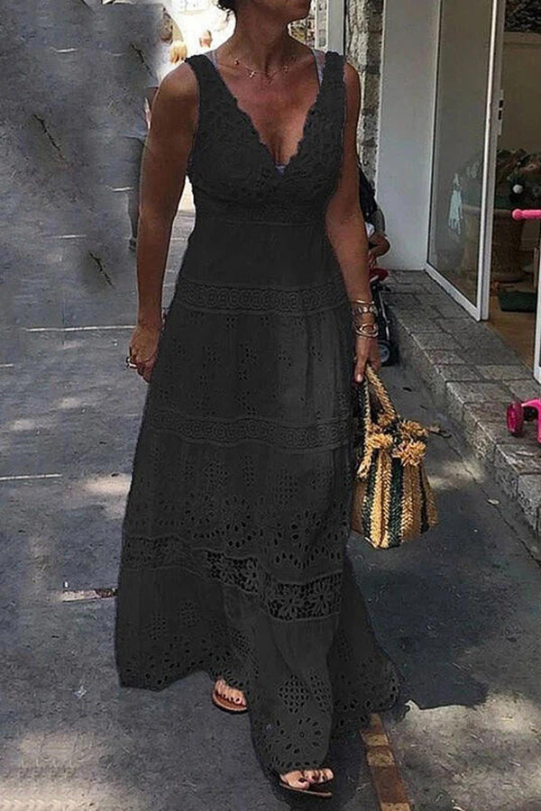 Lace Plunging Neck Paneled Lace Elegant Sleeveless Maxi Dress