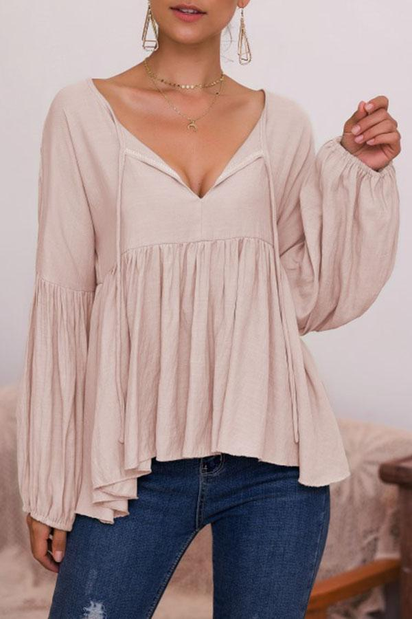 Solid Paneled Pleated Balloon Sleeve V-neck Blouse