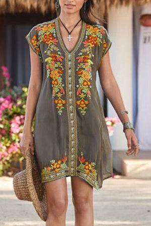 Vintage Floral Embroidery V-neck Paneled Mini Dress