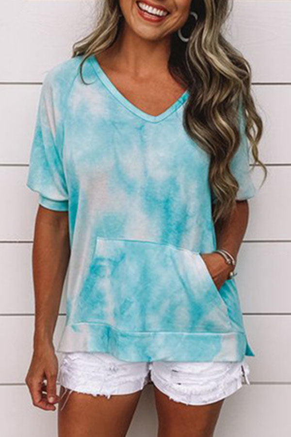 Gradient Print V-neck Paneled Pocket Casual T-shirt