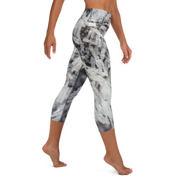 Diamond Crystal Mist - Yoga Capri Leggings