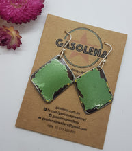 Load image into Gallery viewer, Single Tier Super Mint Holden Kingswood Earrings