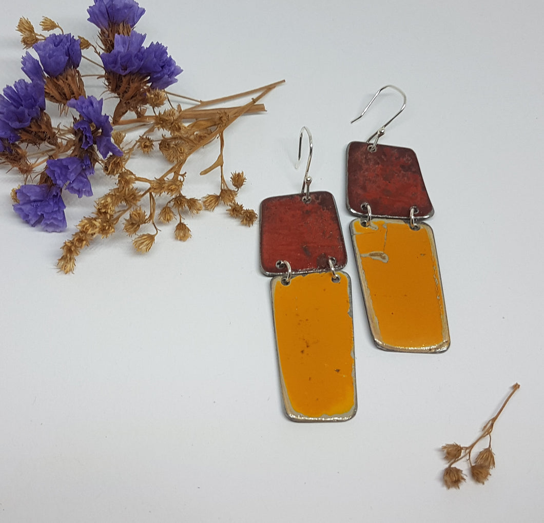 Two Tier Red Burnt out Bomb + Orange Renault 16 Earrings