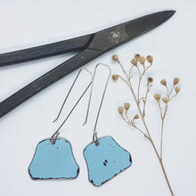 Load image into Gallery viewer, Single Tier Blue Holden HK drop Earrings