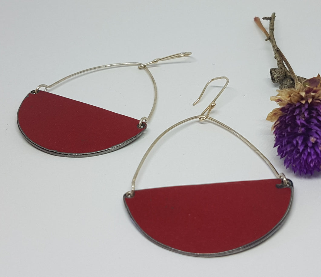 Seme Hoops drop hook Red Valiant Earrings