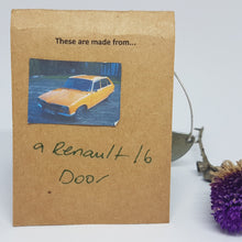 Load image into Gallery viewer, Single Tier Silver Moss Renault 16 Earrings
