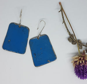 Single Tier Deep Blue Leyland Moke earrings