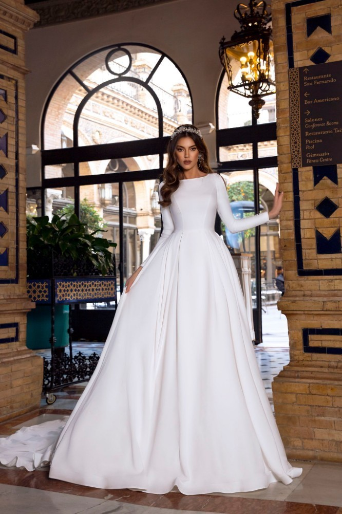 Vintage A-line Wedding Dress 2019 Reflective Dress Button Slit Long Sleeve Court Train Fluffy Simple Bridal Gown - LiveTrendsX