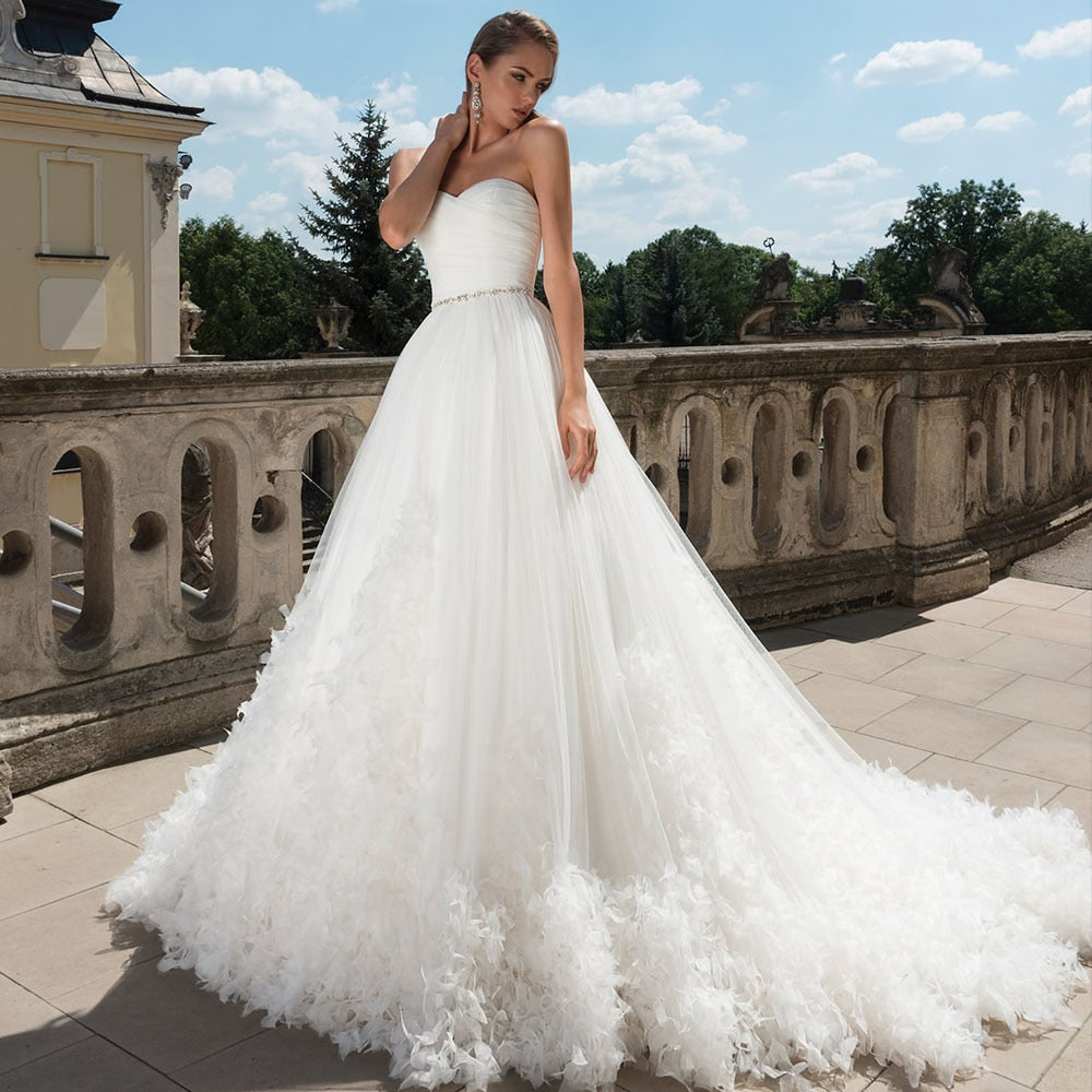 Crystal Waist Pleat Flowers Princess Wedding Dresses Plus Size Vestido De Casamento Sweetheart Neck Backless White Bridal Gowns - LiveTrendsX