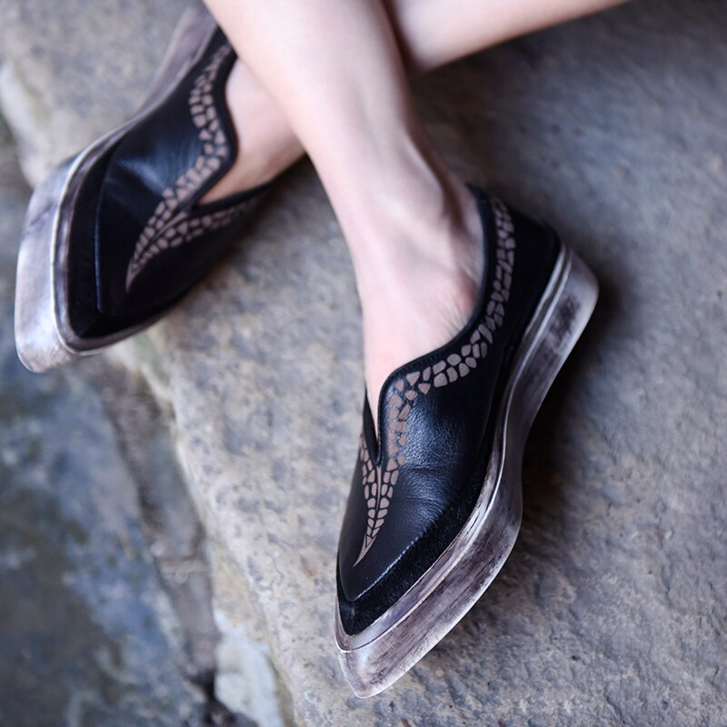 Original Retro Flat Sole Comfortable Casual Shoes Pointed Toe Genuine Leather Handmade Women's Shoes Fashionable Flats