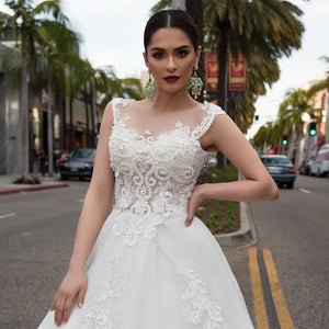 Pearls Appliques Flowers Gorgeous Ball Gown Wedding Dresses With Chapel Train Casamento See Through Sexy Bridal Dress Plus Size
