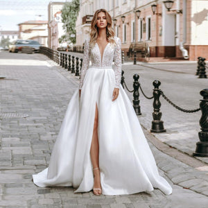 Delicate Lace Ball Gown Bride Dress Elegant Long Sleeves Scoop Neck High Slit Satin Vestido De Noiva Wedding Dress 2020