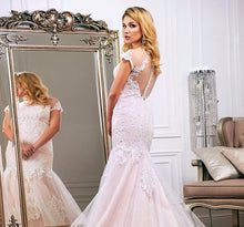 Load image into Gallery viewer, Ivory Appliques Tulle Outside Pink Stain Inside Elegant Mermaid Wedding Dresses Vestido De Novia Sirena - LiveTrendsX
