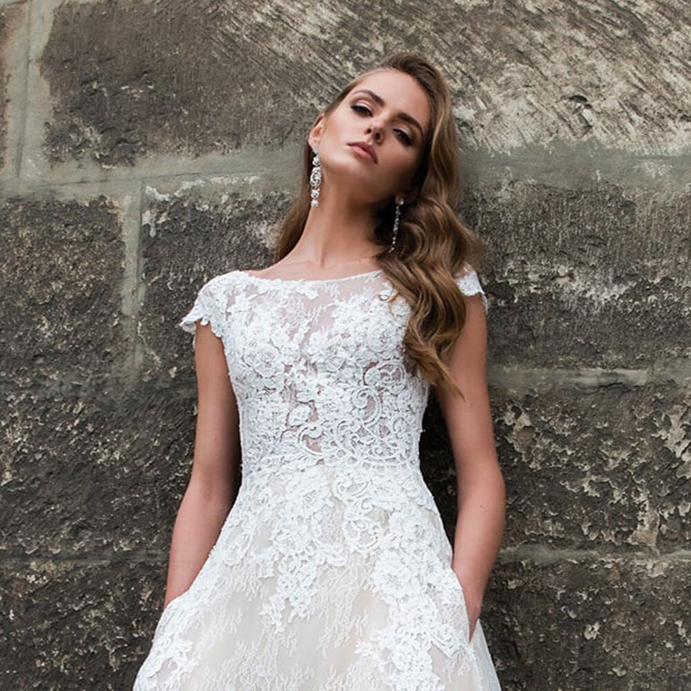 Beading Appliques Lace Princess Wedding Dress With Pockets Vestido De Noiva O-neck Cap Sleeve Backless A-line Bridal Gowns