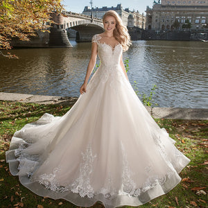 Princess A-line Wedding Dresses Vestido De Noiva Princesa O-neck Cap Sleeve Buttons Up Appliques Tulle Bridal Gowns Plus Size