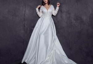 Best France Satin Wedding Gowns With Detachable Train Robe Mariage Beading V-neck Buttons Up Back Long Sleeve Wedding Dress