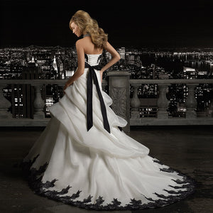 Sweetheart Neck Lace Up Black Beaded Appliques Flowers Pleat Organza Princess Wedding Dresses