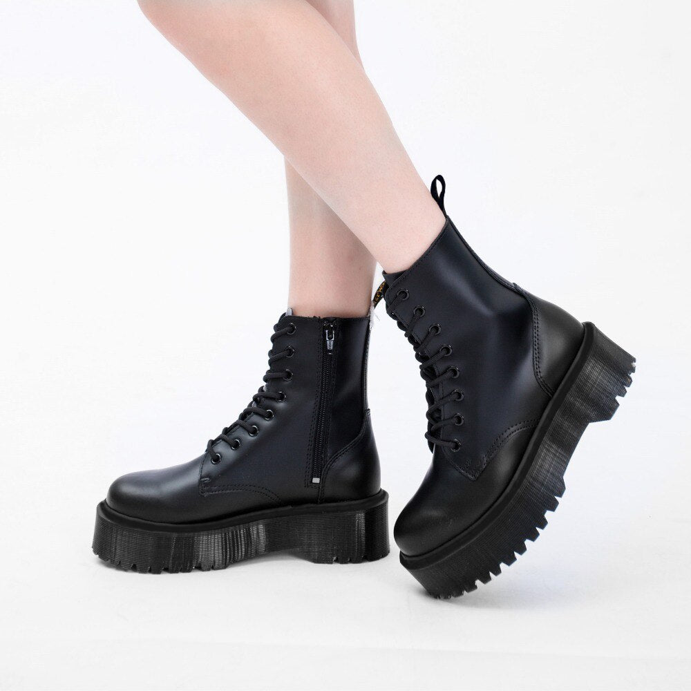 High Quality Woman Martin Boots with Small BagsThick Bottom Elegant Boots Autumn Fashion Shoes