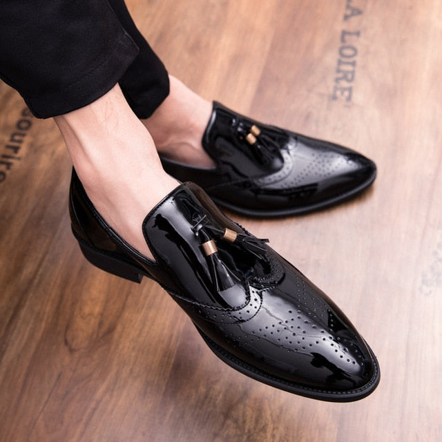 Hot  Men Tassel Pointed Men Formal Shoes Comfortable Loafers Male Wedding Party Flat Shoes Plus Size 38-47 Drop shipping - LiveTrendsX