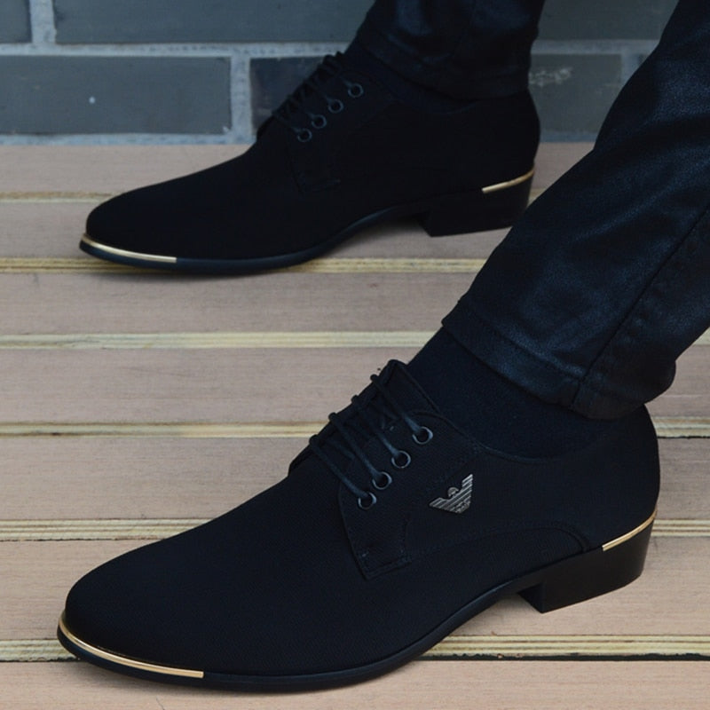 Italian mens shoes fashion black men moccasin pointed toe classic men wedding shoes sapatos masculino - LiveTrendsX