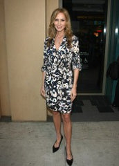 Chely Wright undergoes painful bunion surgery