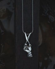 "Load image into Gallery viewer, ""Reciso"" - Pendant in Sterling Silver"