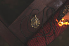 "Load image into Gallery viewer, ""Vertenza"" - Pendant in Brass"
