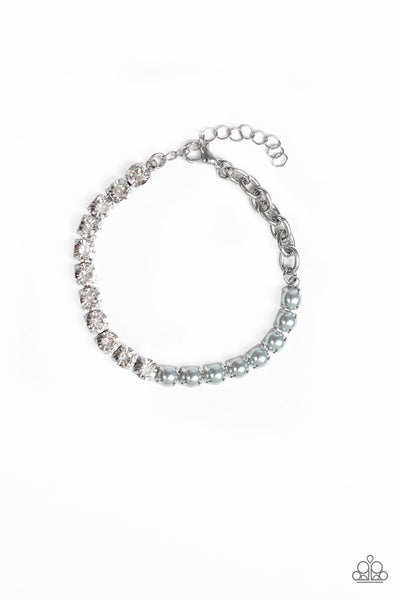 Paparazzi Out Like A SOCIALITE - Bracelet Silver Box 12