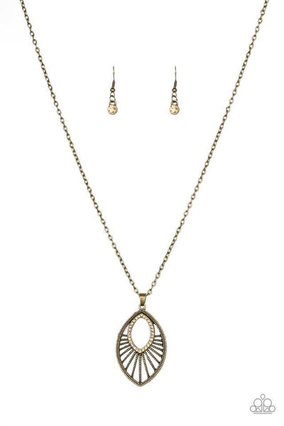 Paparazzi Court Couture - Necklace Brass Box 27
