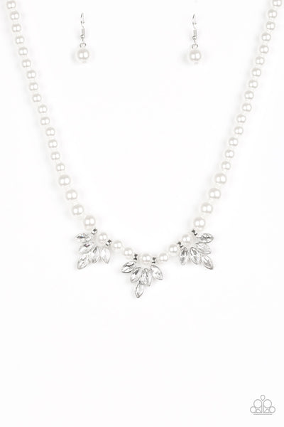 Paparazzi Society Socialite - Necklace White Box 26