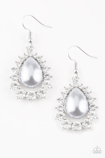 Paparazzi Regal Renewal - Earrings Silver Box 12