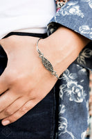 Paparazzi Exquisitely Empress - Bracelet Silver Box 1