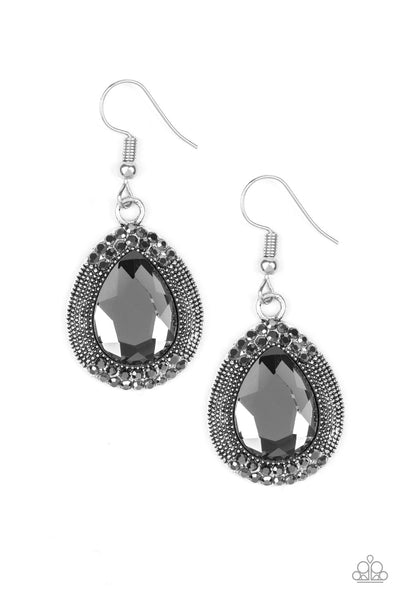 Paparazzi Grandmaster Shimmer - Earrings Silver Box 40