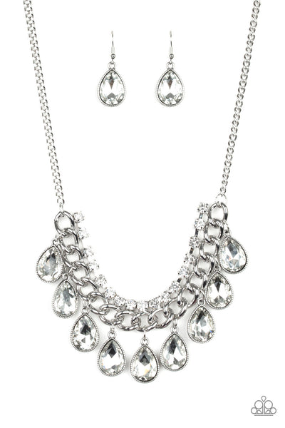 Paparazzi All Toget-HEIR Now - Necklace White Box 26