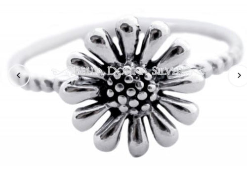 Sterling Silver Flower Ring - Mandi at Home