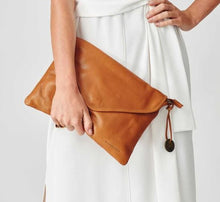 Load image into Gallery viewer, The Marseille Crossbody Clutch - Mandi at Home