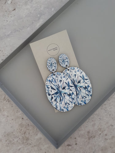 Oval Diamond illustration Drop Earrings
