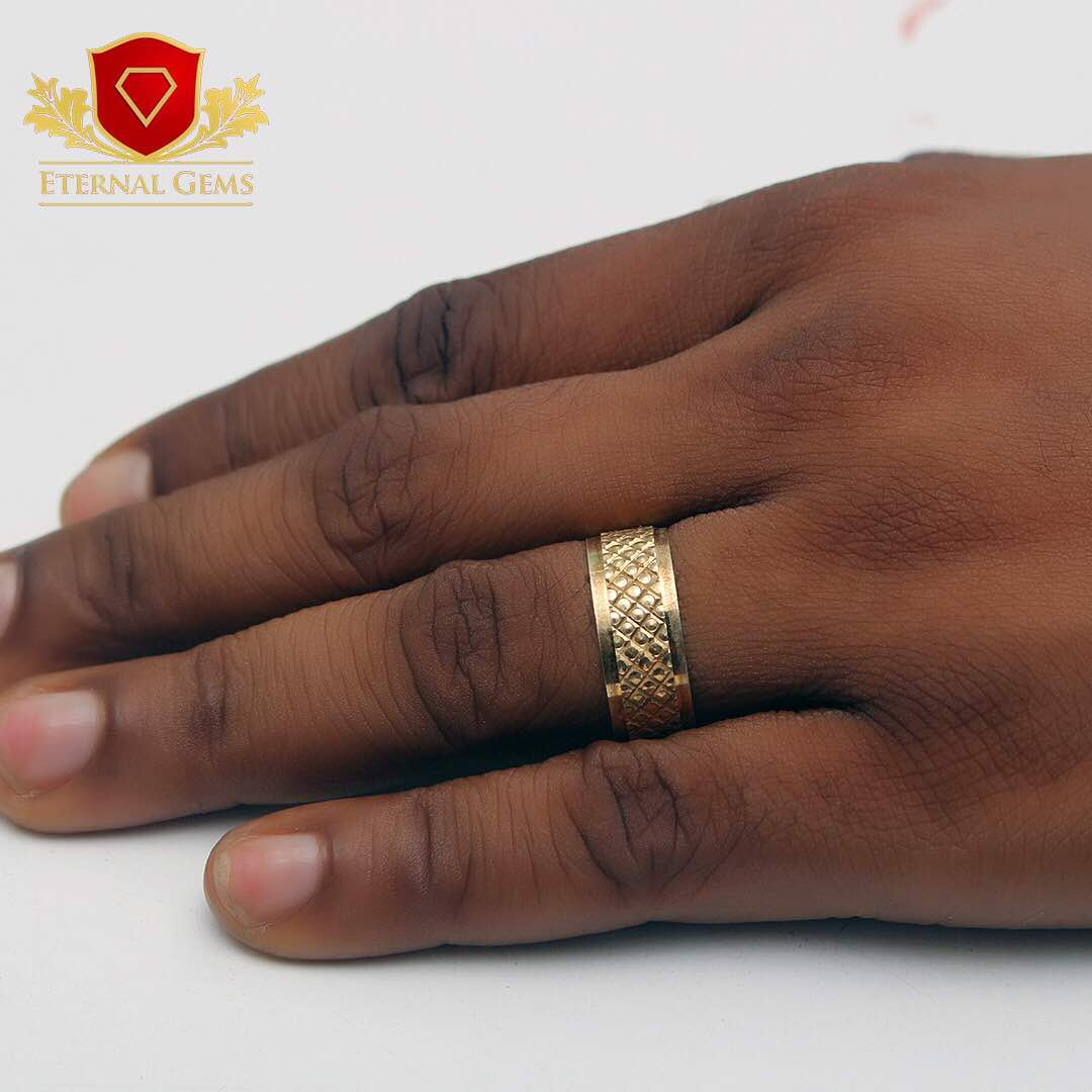 18 Carat Gold Male Bands