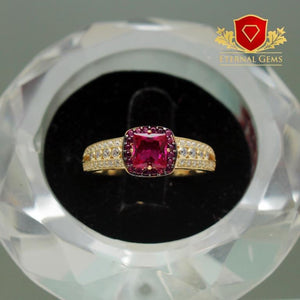Engagement-Ring-18-Carat-Gold.jpg