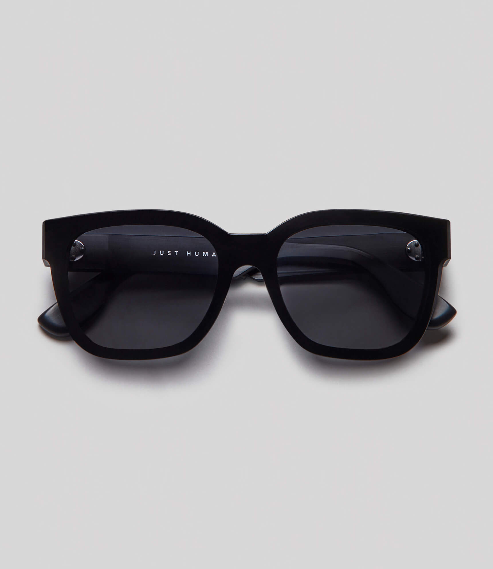 Black square sunglasses eco friendly sustainable fashion made in Japan unisex sunglasses for men sunglasses for women and blue light filter