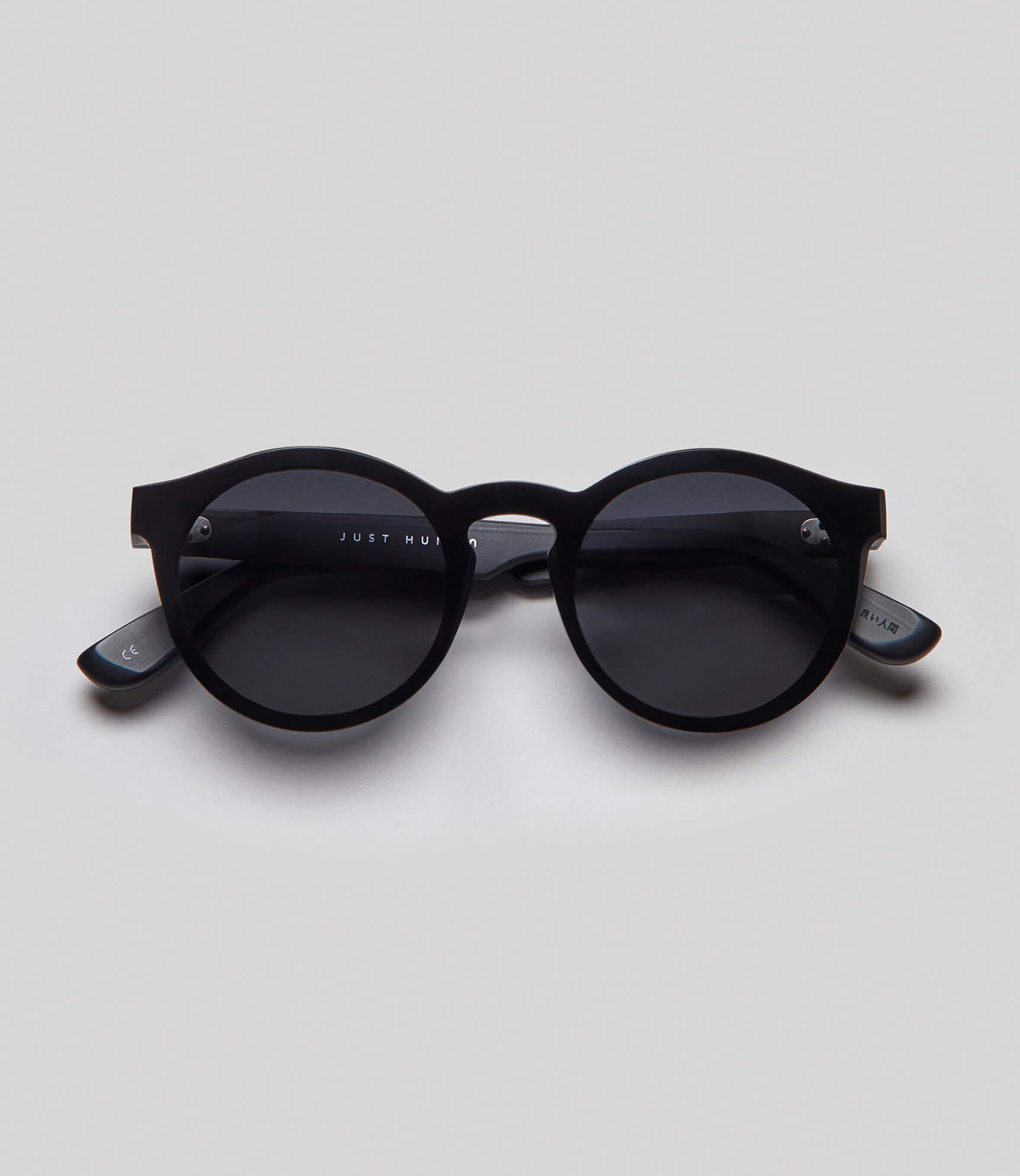 Round black sunglasses eco friendly sustainable fashion made in Japan unisex sunglasses for men sunglasses for women and blue light filter