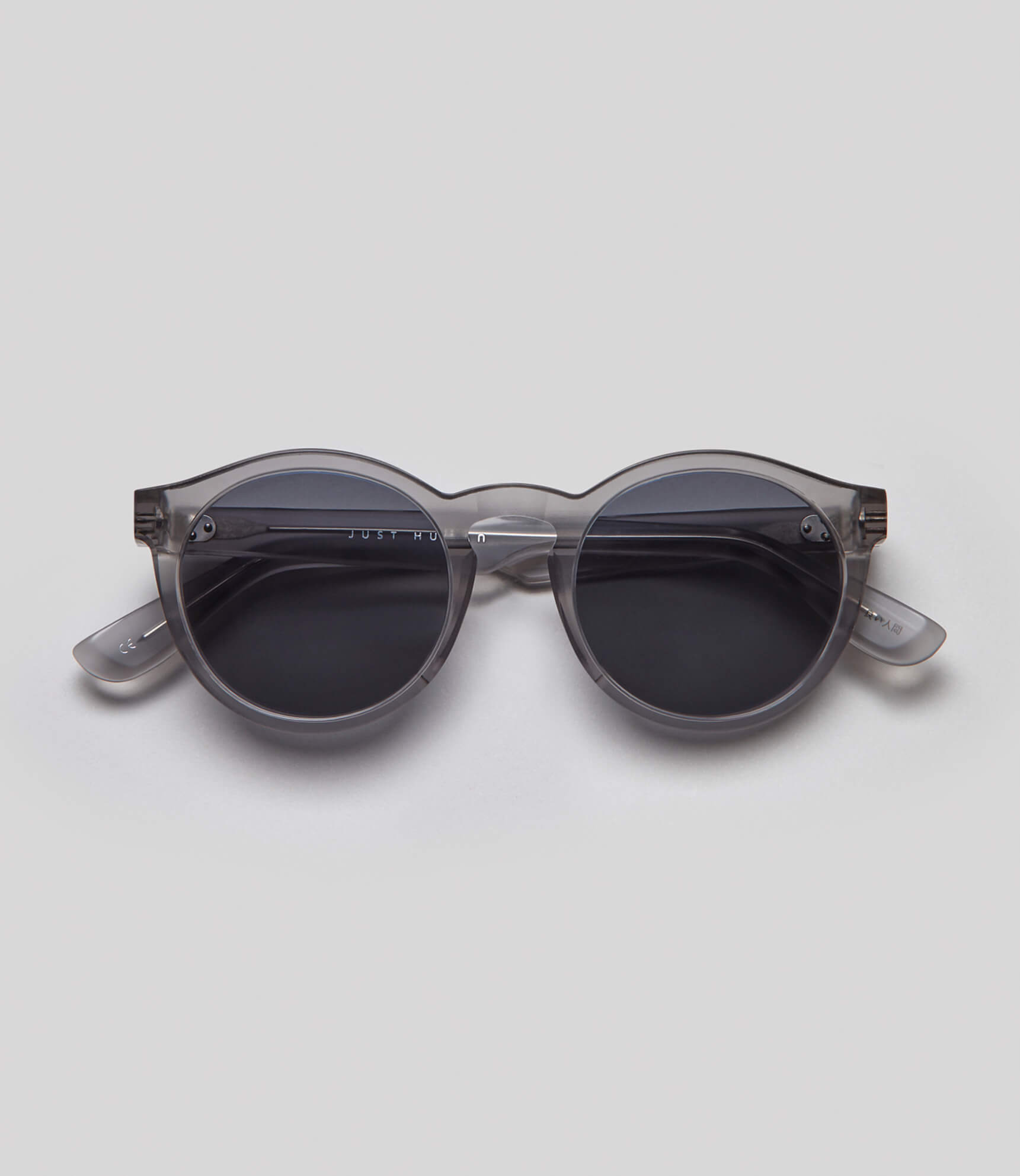 Round gray sunglasses eco friendly sustainable fashion made in Japan unisex sunglasses for men sunglasses for women and blue light filter